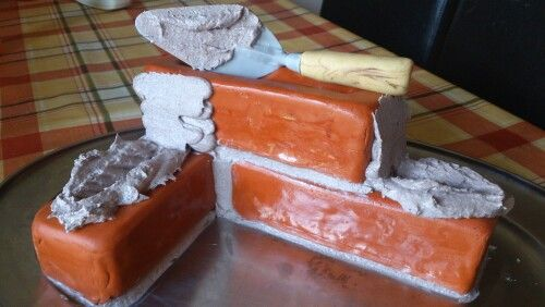 Brick Wall Cake With Edible Trowel Recipes P