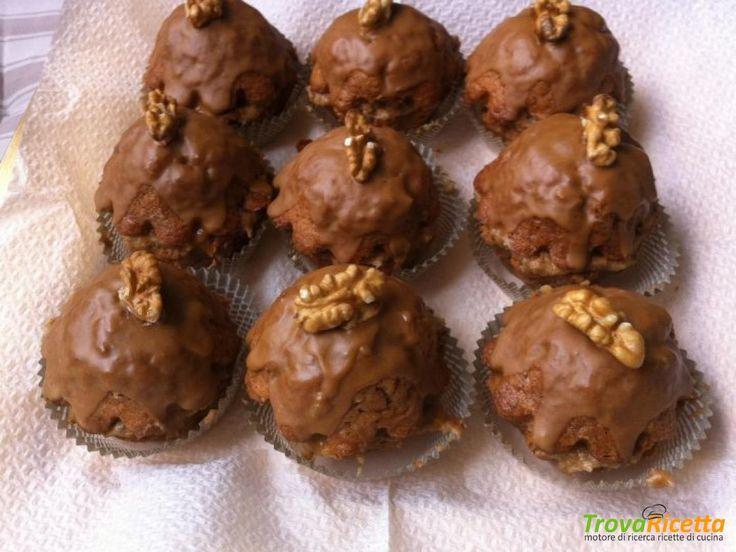 Pasticcini golosi con crema al burro, caffè e noci  #ricette #food #recipes