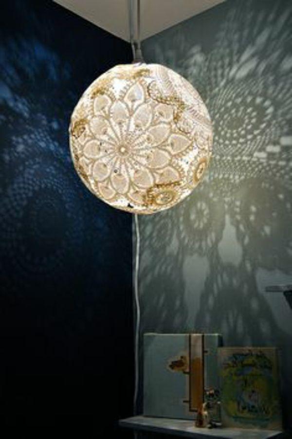kronleuchter selber machen - kugelförmig und modern - Lampe selber machen – 30 einmalige Ideen
