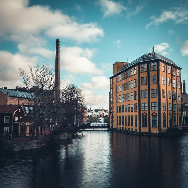 Old Factory in Norrköping . . . . .  #best_streetview #street_vision  #streetview_sweden #streetsgrammer #travelanddestinations  #illgrammers #shoot2kill #eclectic_shotz #gramslayers #justgoshoot #artofvisuals #urbanromantix #agameoftones #whpfindthelight #igersmood  #igworldglobal #royalsnappingartist  #moodygrams #Norrköping #kings_villages  #hello_worldpics #passionpassport #exploringtheglobe  #worldtravelpics  @wonderfulplaces #wonderful_places @epic.travels @beautifuldestination