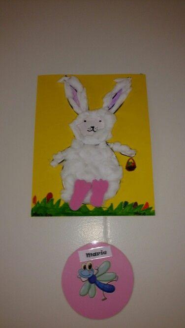 Bricolage de Pâques .  Lapin fait a partir de watte . Pâques 2016