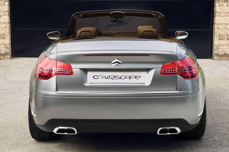Citroen C5 Airscape Cabriolet concept car silver grey zilvergrijs silber. #Citroen .Find used car parts Citroen C5 here: https://bartebben.com/map/used-car-parts/citroen-c5.html Gebrauchte Ersatzteile Citroen C5 finden Sie hier: https://bartebben.de/map/gebrauchte-ersatzteile/citroen-c5.html Citroen C5 onderdelen gebruikt en nieuw: https://bartebben.nl/map/gebruikte-onderdelen/citroen-c5.html #CitroenC5 #CitroenC5Airscape #Convertible rear