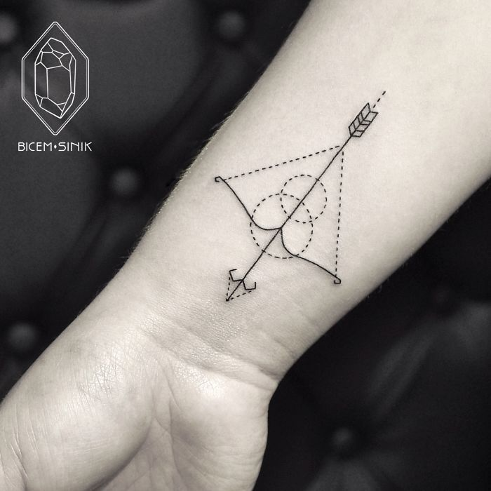 Minimalist Line And Dot Tattoos By Turkish Artist Prove Less Is More | Bored Panda- love this artist!
