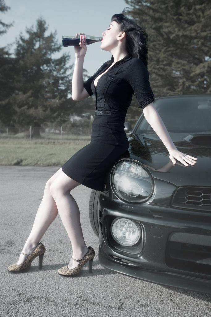 Girl and ride, awesome!: Girls, Bug Subaru, Color, Backseam Dreams, Dream Cars, Pin Ups