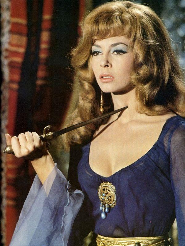 Angélique et le sultan (1968) - Michèle Mercier