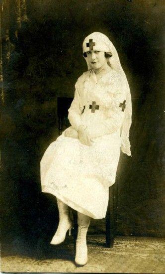 A Red Cross Nurse (1916).