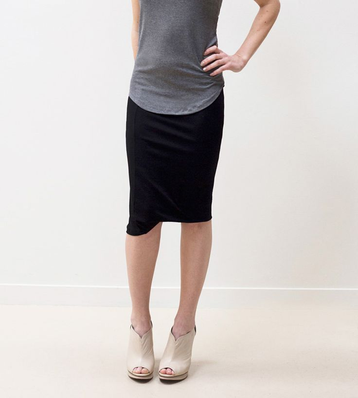 A stylish, put-together solution for sluggish I-have-nothing-to-wear mornings, this pencil skirt looks the part in soft and cozy jersey.