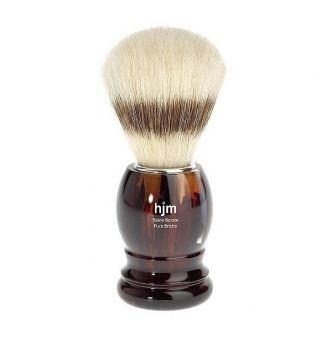 Štětka na holení z čisté štětiny z vepřů a s plastovou rukojetí v imitaci želvoviny. http://www.luxusni-holeni.cz/detail/hjm/stetky-na-holeni/hjm-p23-stetka-na-holeni/