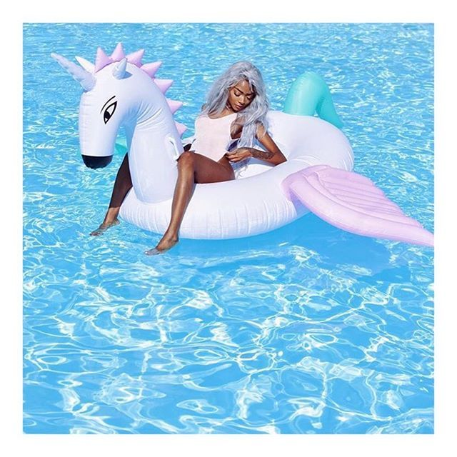 YAY although most of our stock is currently SOLD OUT we will be re-stocked shortly in time for Aussie summer!! PS. We are obsessed with this babe @nyanelebajoa!! 😍😍😍 #babesofmissguided #floatsquad #mermaidgang #unicorn #mermaidlife #summer #FETCHfloats #FETCH #Float #Unicorn #pink #Australia #Summer #pool #model