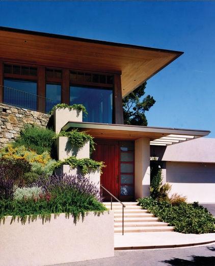 love the levels....  landscape by Sutton Suzuki Architects