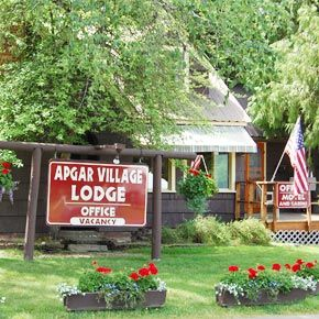 Apgar Village Lodge & Cabins