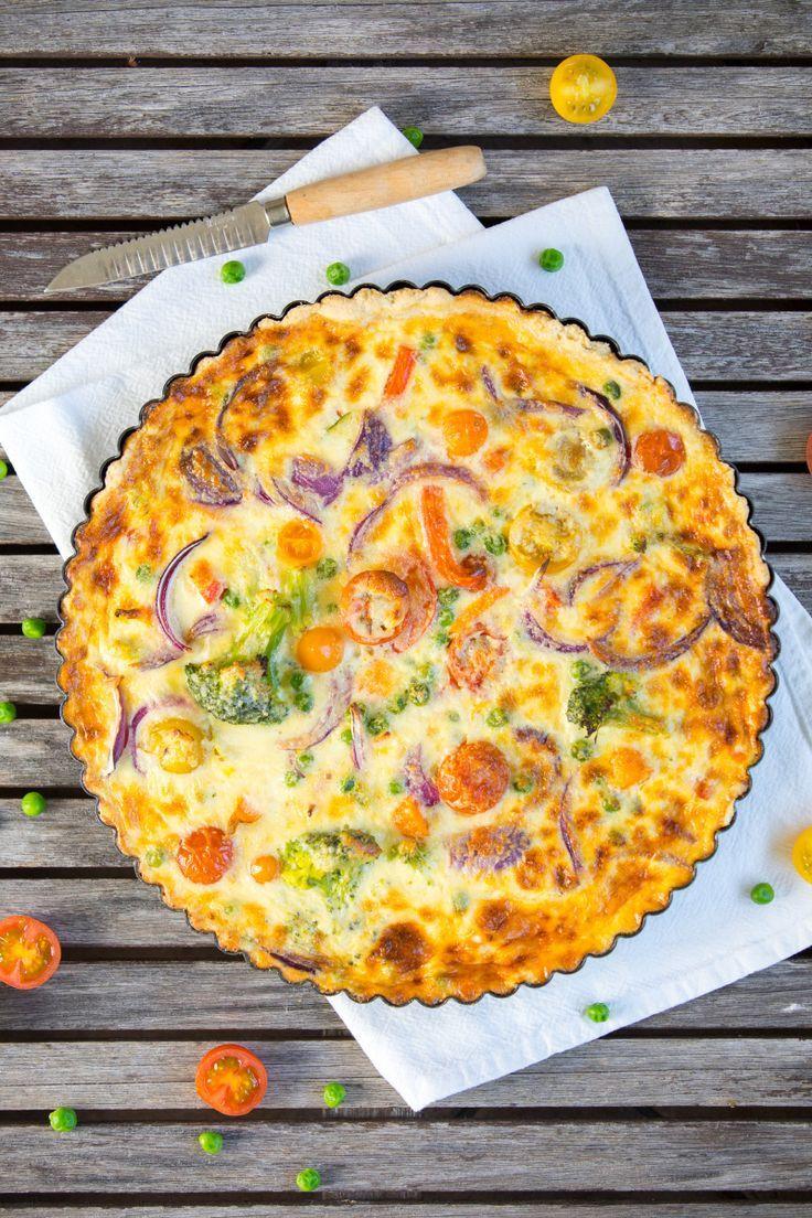 Bunte Gemüse-Quiche mit den Chablis-Weinen