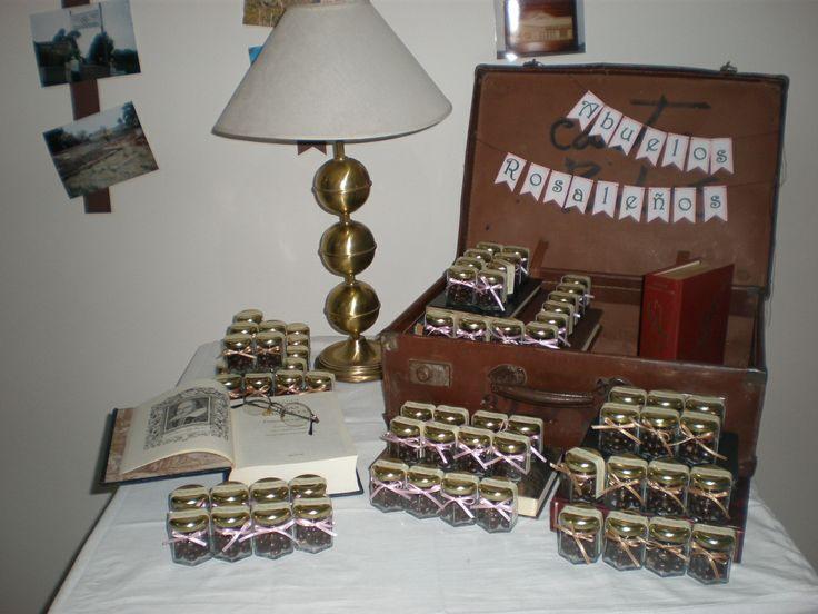 Souvenirs by Dulcinea de la fuente www.facebook.com/dulcinea.delafuente   #fiesta #festejo #cumpleaños #mesadulce#fuentedechocolate #agasajo# #candybar  #tamatización #personalizado #souvenir #party box #regalos personalizados #catering finger food#catering de té y chocolate