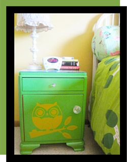 Whooo's Cute Night Stand? www.tradingphrases.com shows you how to take a Junk-yard night stand and make it a pre-teen dream! Really easy!