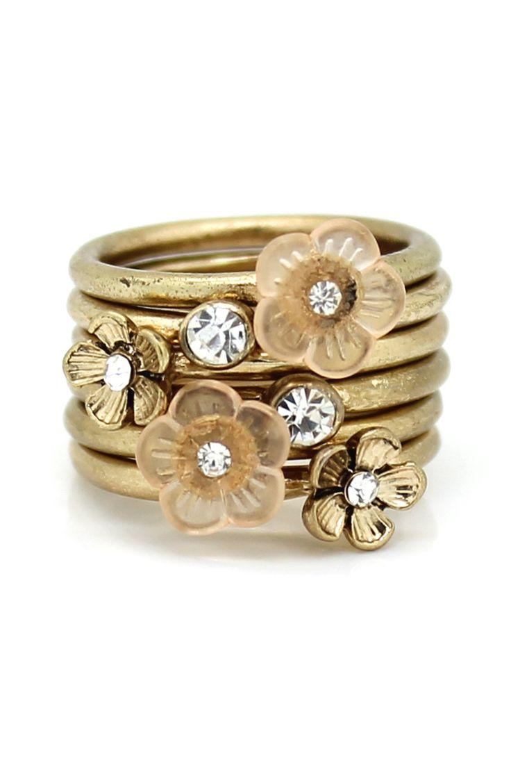 Multi-Flower Ring Set