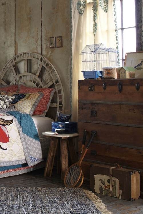 Romantic and rustic bedroom.