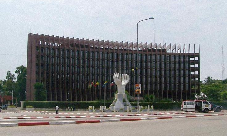 Cameroun: Le trésor public recherche 5 milliards FCFA sur le marché des titres de la BEAC - http://www.camerpost.com/cameroun-le-tresor-public-recherche-5-milliards-fcfa-sur-le-marche-des-titres-de-la-beac/?utm_source=PN&utm_medium=CAMER+POST&utm_campaign=SNAP%2Bfrom%2BCamer+Post