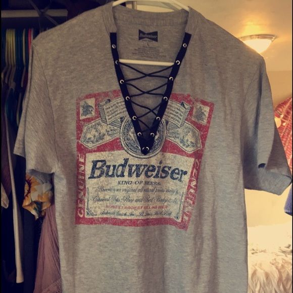 LF lace up vintage tee This is a Budweiser vintage t-shirt with the lace up detailing handmade by me! The shirt is extremely soft and cozy. It is a large, but it isn't very oversized. LF Tops Tees - Short Sleeve