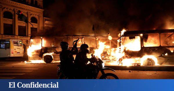 Guerrilla urbana y represión: así ha sido la huelga salvaje de Brasil. Noticias de Mundo. Las imágenes de los disturbios han dado la vuelta al mundo, pero los participantes en la manifestación, muchos periodistas y hasta el Colegio de Abogados da una versión muy diferente