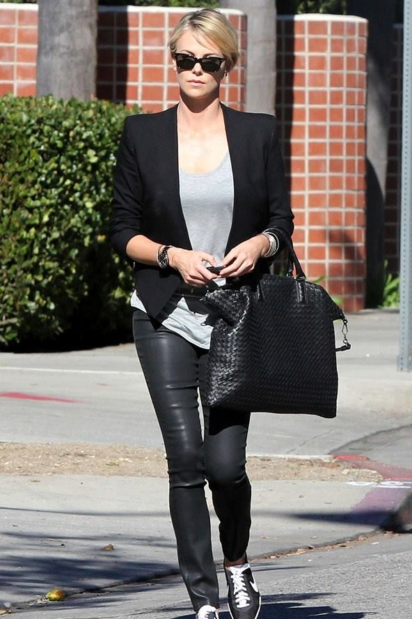 Street Style 2014 Charlize Theron Charlize Theron Pinterest Street Style 2014 Style