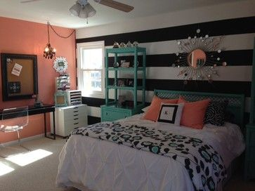 paint ideas horizontal stripes will help to make the room feel bigger navy coral roomscoral