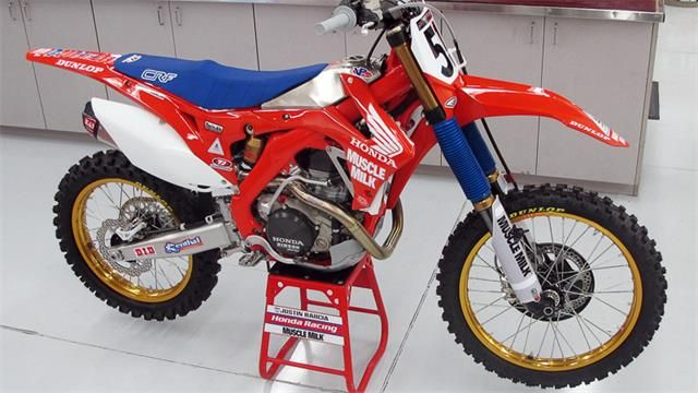 Justin Barcias Honda gets 1980s look for Anaheim 2 Supercross
