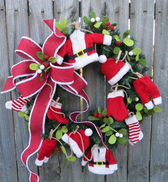 Santa Christmas / Holiday Wreath Santa's Laundry door HornsHandmade