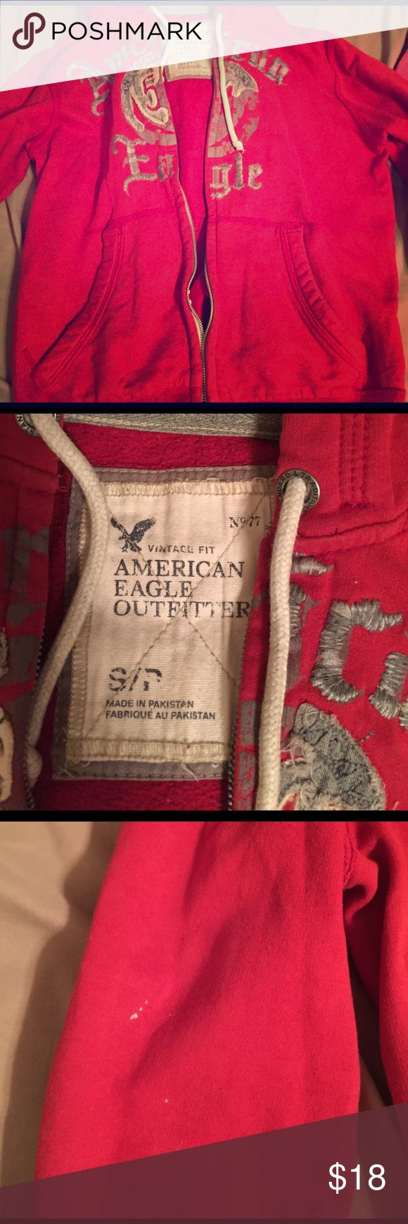 American Eagle Jacket Men's American Eagle jacket. Used condition. A few very small stains. Very warm and comfy jacket. No rips or tears. Make offer American Eagle Outfitters Jackets & Coats