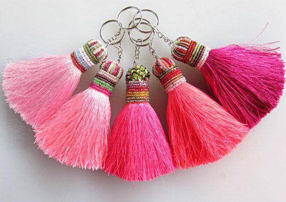 Candyfloss Pinks Keychain Beaded Keychain Silk von midgetgems, $9.99
