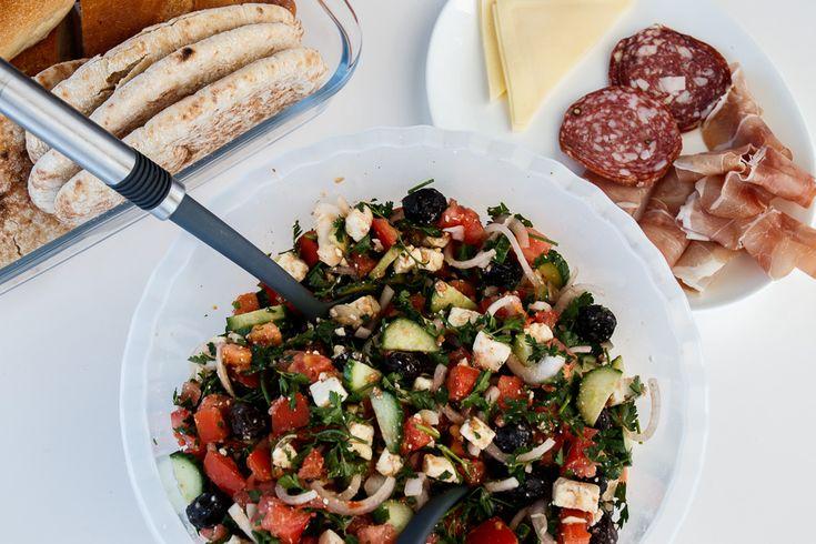 Foodies for Sailors – Segeln mit Sunsail in Griechenland  Als mich der liebe Markus von Get on Board im Mai gefragt hat, ob ich nicht Bock hätte mit ihm und einer Horde Blogger in See zu stechen habe ich… Weiterlesen