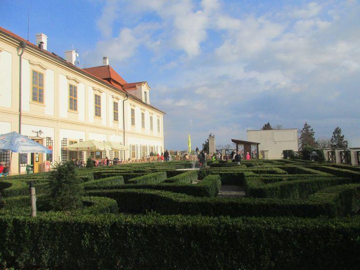 Zámek Loučeň - Středočeský kraj