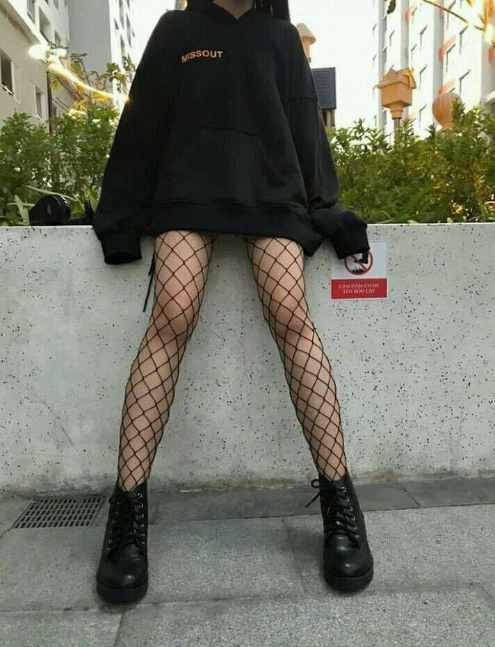 Grunge Style Outfits, Aesthetic Grunge Outfit, Mode Outfits, Cute Casual Outfits, Aesthetic Clothes, Black Outfit Grunge, Grunge Clothes, Hipster Outfits, Gothic Outfits