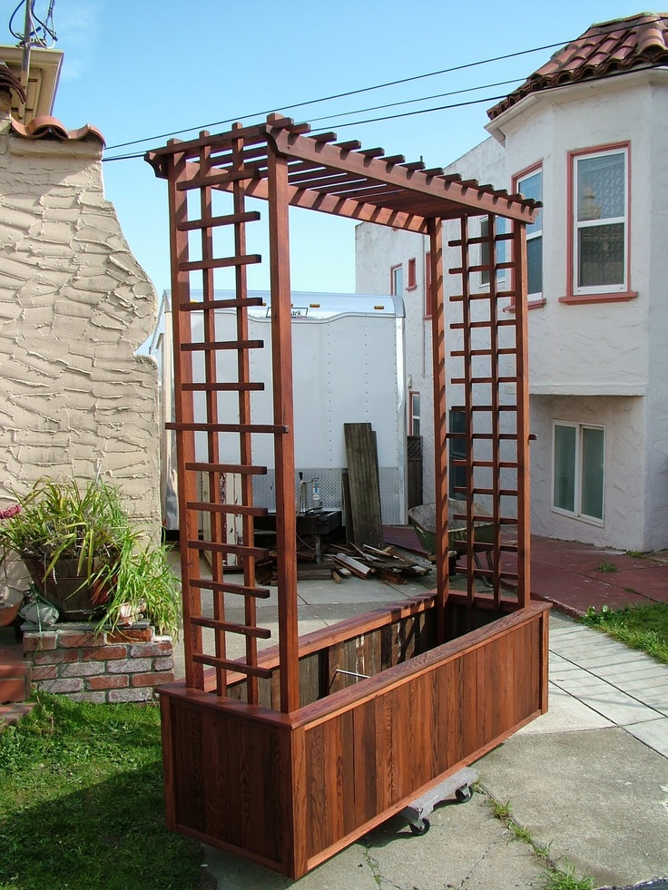 wood trellis and planter - Trellis Design Ideas