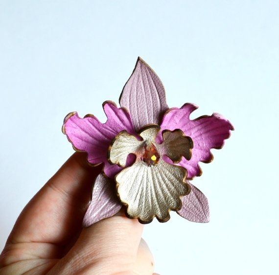 """Brooch and hairpins (barrette clip) flower  leather, light pink orchid handmade. Ready to Ship! Size 3 """"(8cm). заколка  для волос и брошь"""