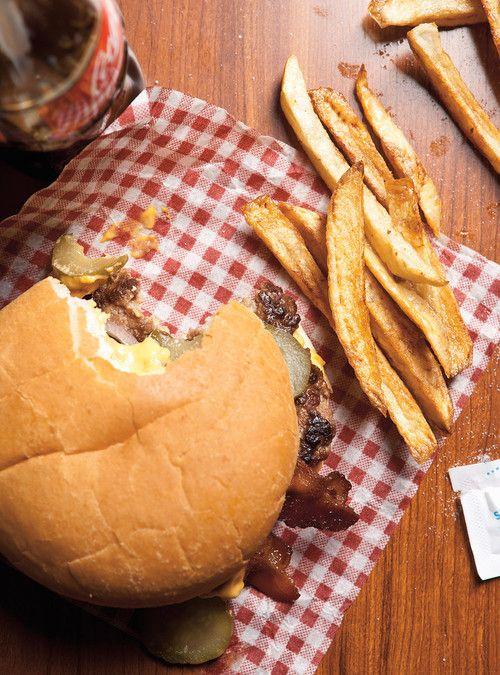 Cheeseburger extrême, sauce au fromage Recettes | Ricardo