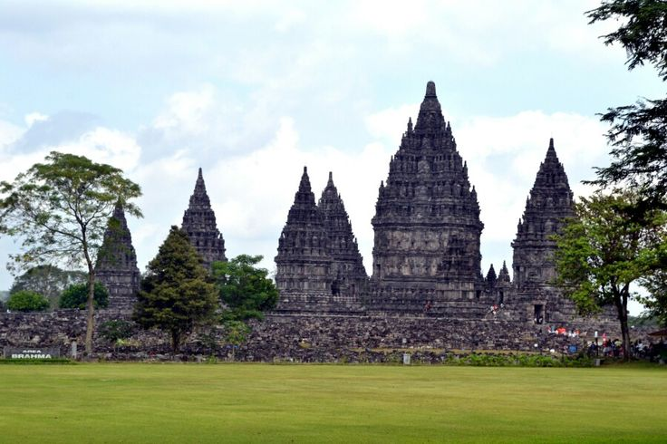 The Prambanan, the whole complex Temple