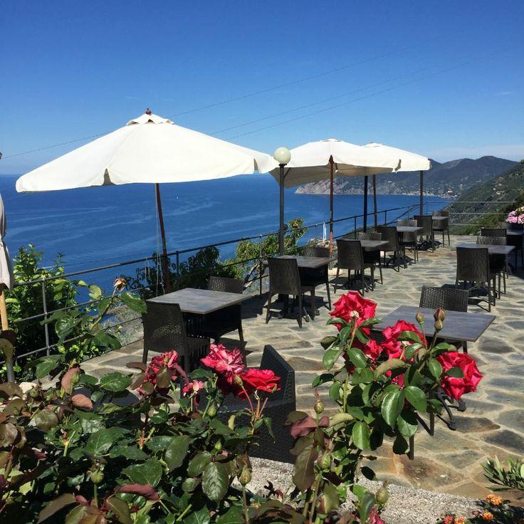Hotel Luna di Marzo, Riomaggiore:  128 Bewertungen, 99 authentische Reisefotos und günstige Angebote für Hotel Luna di Marzo. Bei TripAdvisor auf Platz 5 von 10 Hotels in Riomaggiore mit 4,5/5 von Reisenden bewertet.