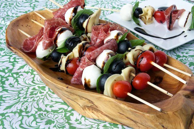Antipasto Skewers ...great savory snack: Idea, Antipasti Skewer, Recipes, Appetizers, Skewers Recipe, Finger Food, Appetizer Skewers