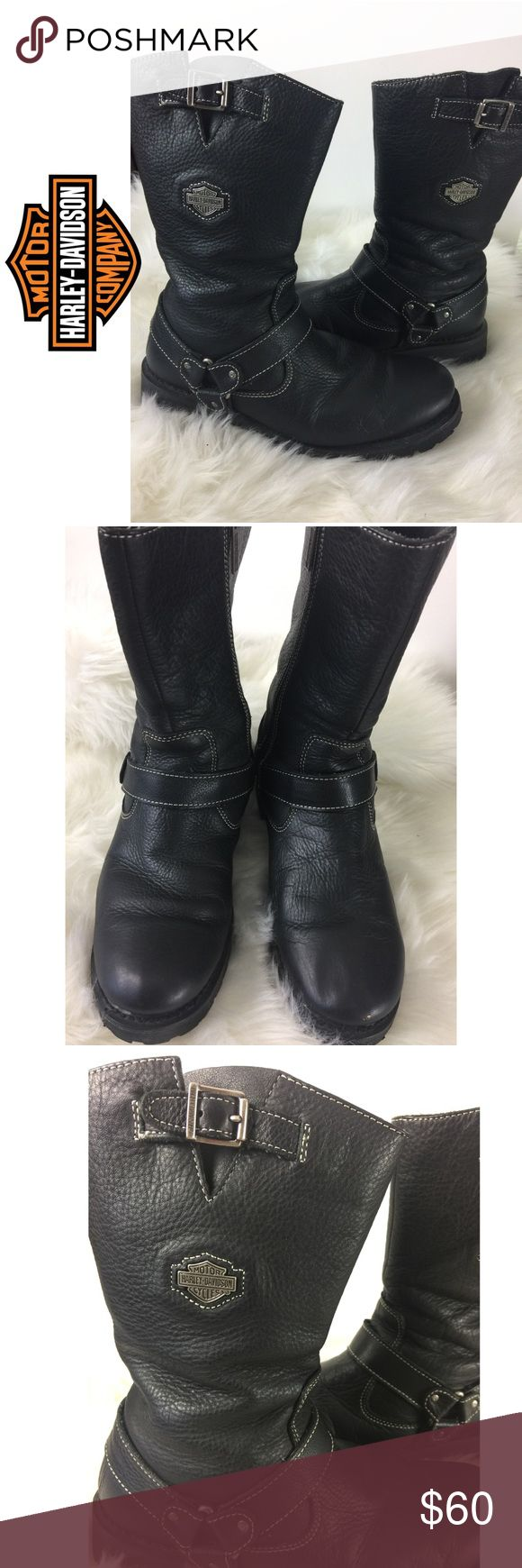 Women's Harley Davidson Boots Women's size 9 Euro 40 Harley-Davidson boots!  There are signs of wear on the inside but outside they look great !!   I ship same day if before 5 pm est otherwise I ship next day ! Harley-Davidson Shoes Combat & Moto Boots #harleydavidsonboots