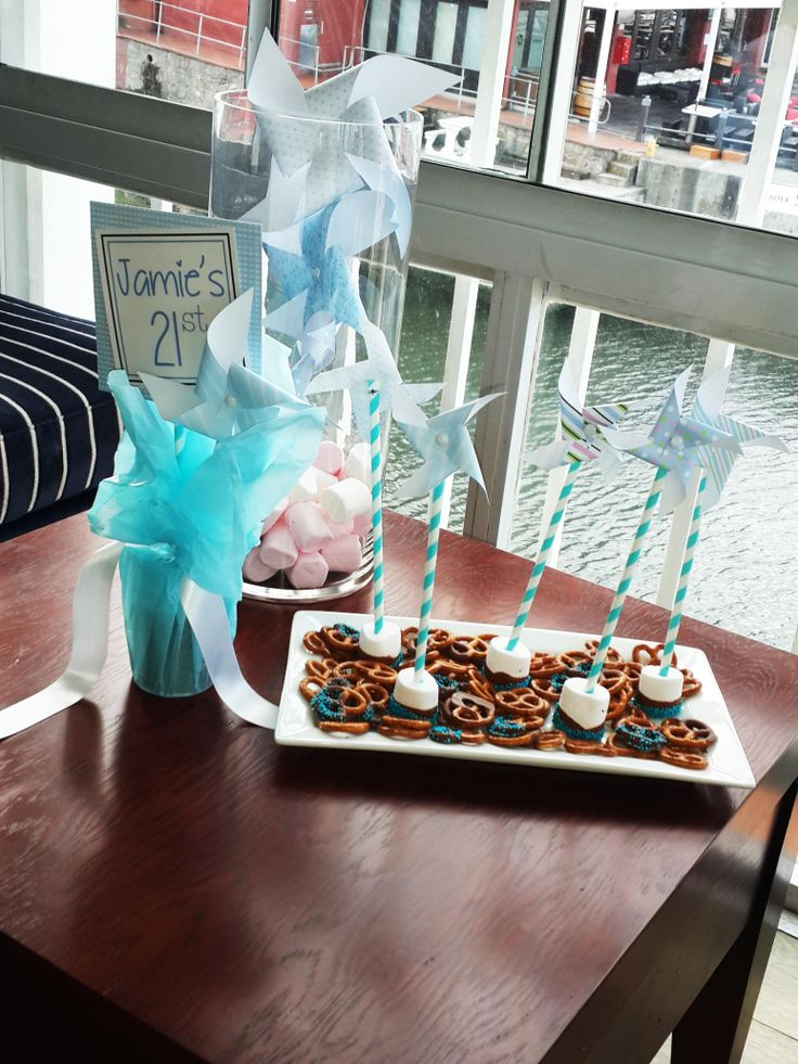 21st Decor Pinwheels and marshmallows