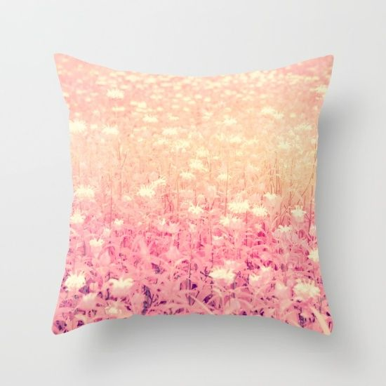 1000+ images about Pillows - Floral, Botanical on Pinterest Purple home decor, Zippers and ...