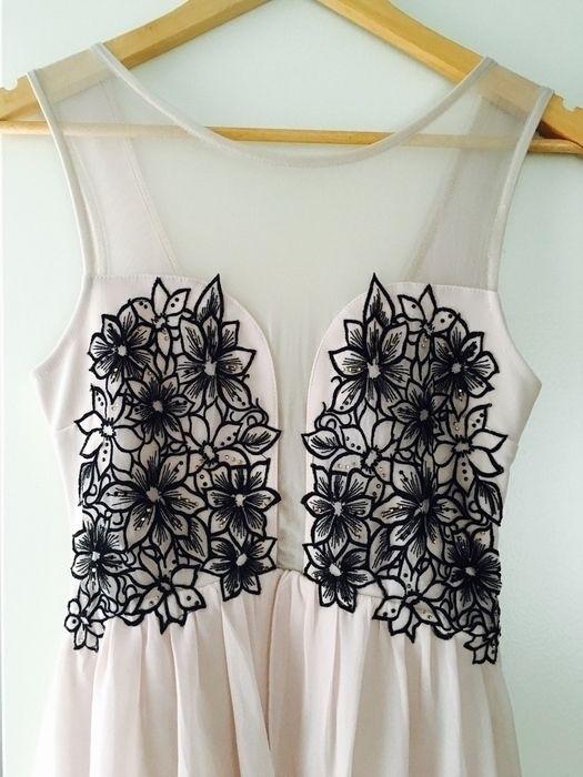 Mein Lipsy Asymmetrisches Kleid vokuhilakleid 32 34 von lipsy! Größe 34 / XS für 45,00 €. Sieh´s dir an: http://www.kleiderkreisel.de/damenmode/abendkleider/132079836-lipsy-asymmetrisches-kleid-vokuhilakleid-32-34.