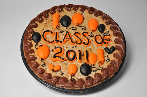 17 Best images about Graduation Designs - Bethel Bakery on ...