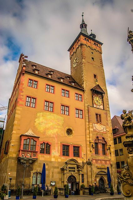 Altes Rathaus, Wuezburg, Germany