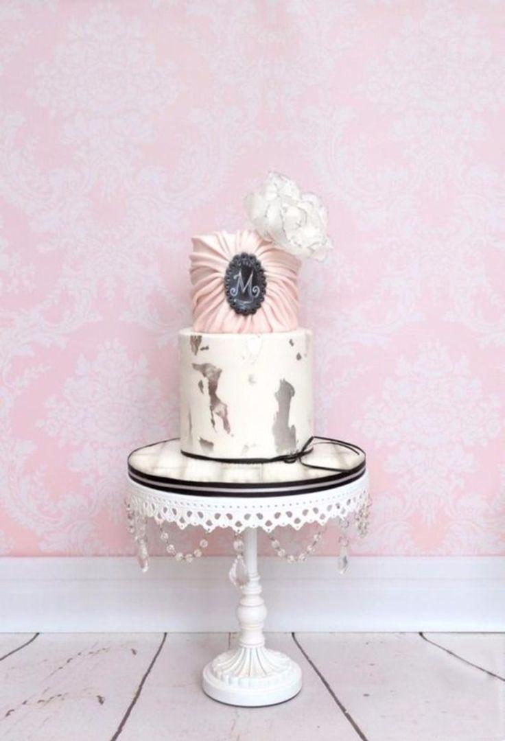 Best 25+ Chandelier cake ideas on Pinterest | Chandelier ...