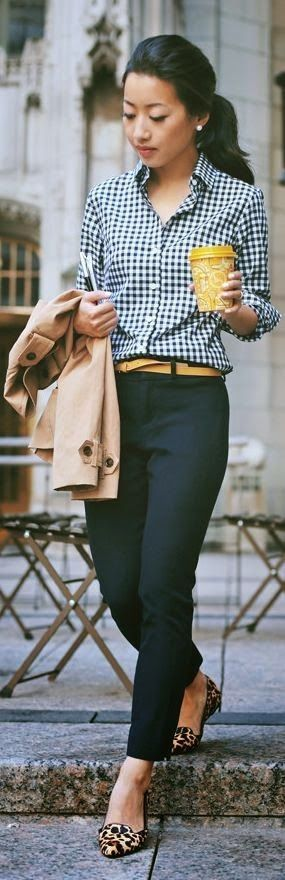 This is pretty much my go-to, which is pretty much also why I simultaneously love and don't love this look.