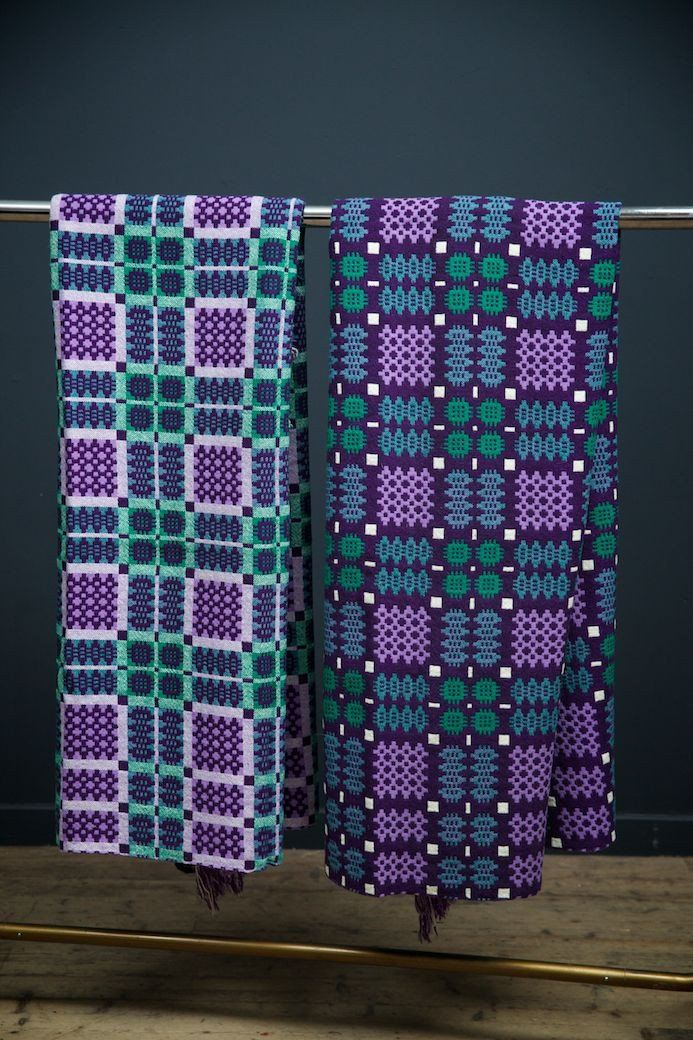 A Pair of Welsh Blankets - love these colour combos