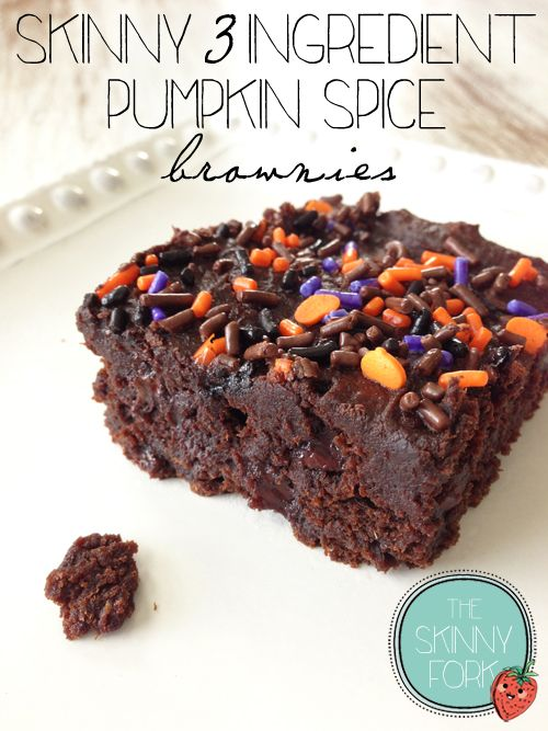 Skinny 3 Ingredient Pumpkin Spice Brownies — That's right, GIANT perfectly fudgey brownies for under 300 calories!