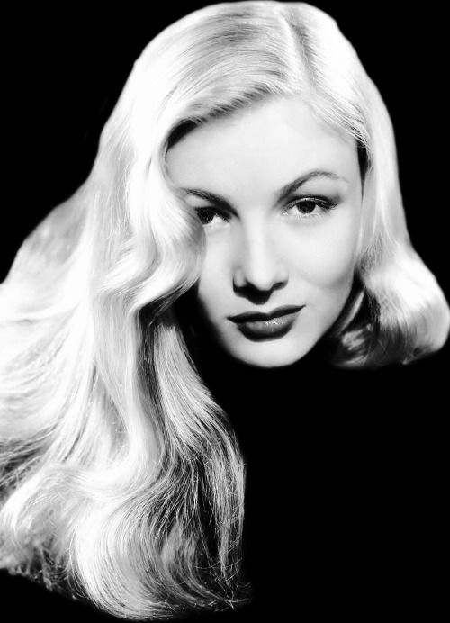 """The Girl With the Peekaboo Bangs"": Veronica Lake, 1943."