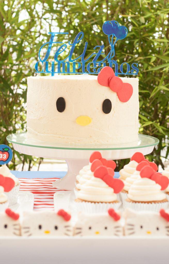 Hello Kitty birthday Party, vintage Hello Kitty, Hello Kitty cake, Laser topper